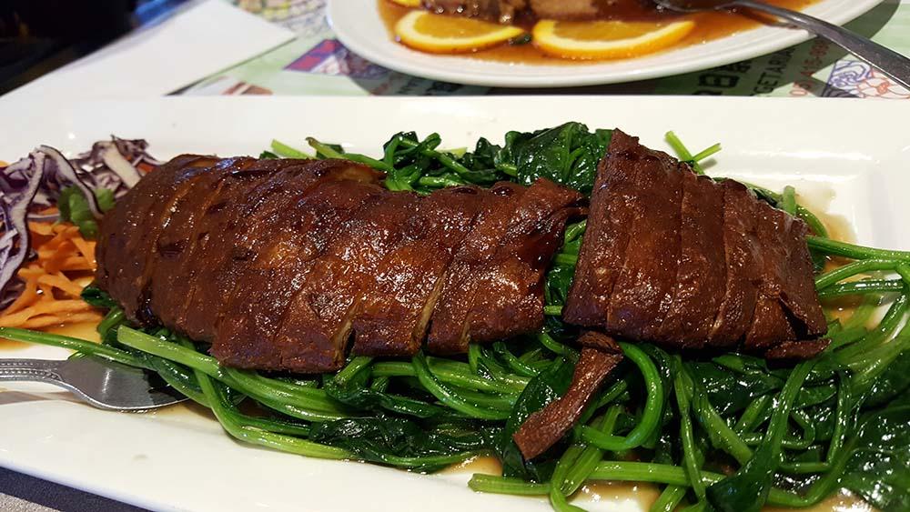 tenon-veggie-crispy-duck-spinach